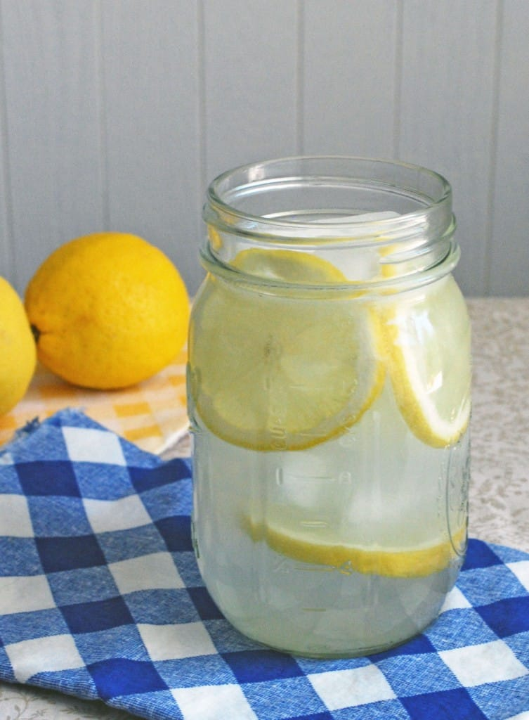 Single Serving Lemonade - The perfect balance of sweet and tart in a convenient single serving size! Full recipe at theliveinkitchen.com