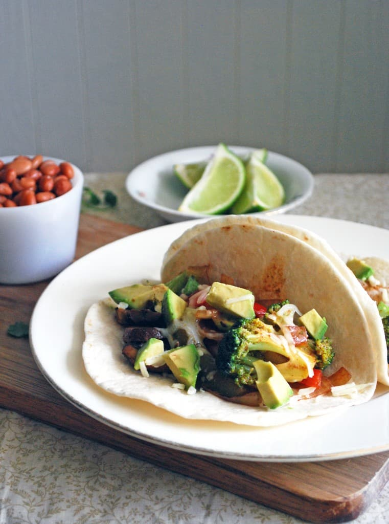 Veggie Fajitas - Healthy, easy, and filling! Full recipe at theliveinkitchen.com